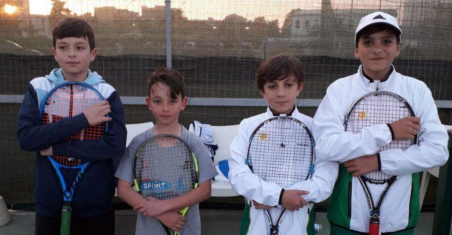 Under 12 Maschile. All'estrema destra Marco Vancheri e, al suo fianco, Luca Petrotto.