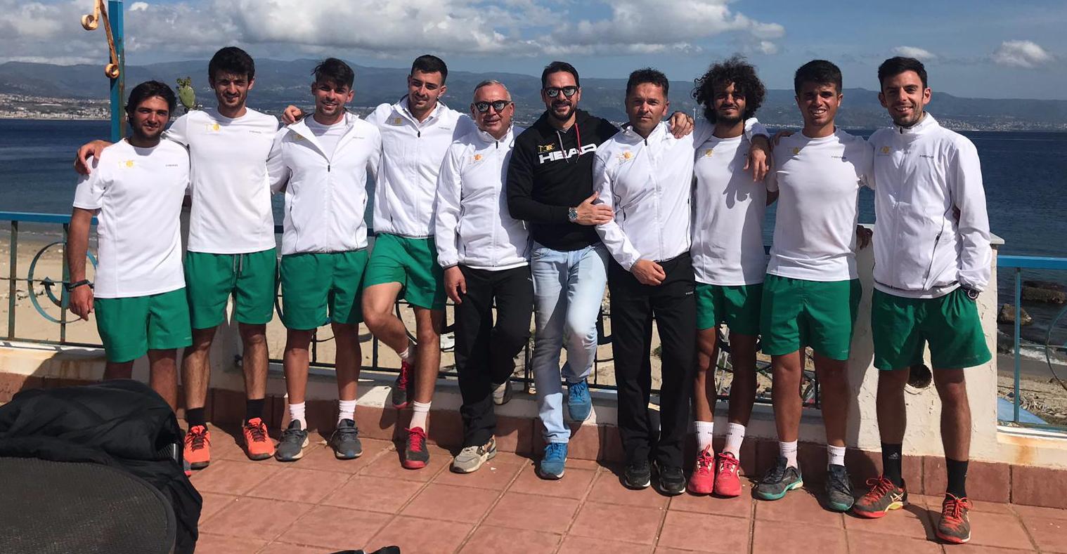 La squadra di Serie C del TCC Villa Amedeo vincente a Messina