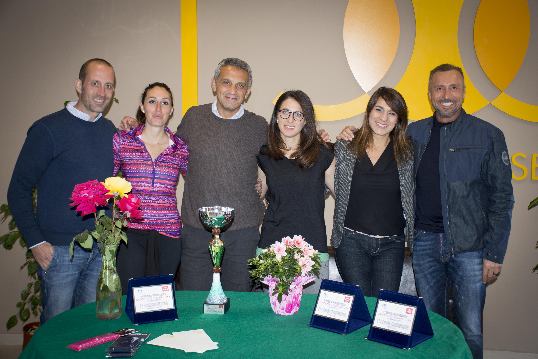 Tutti i finalisti del TPRA. Da sinistra: Marco Pirrello, Maria Giovanna Frangiamone, Nino Argentati, Corinne Pinto, Anna Simone, Totò Pastorello.