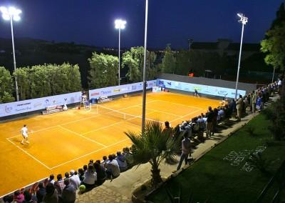 Il pubblico della tribuna del Tennis Club Caltanissetta
