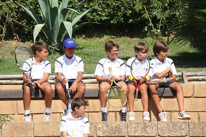 Corsi di tenni per ragazzi a Caltanissetta