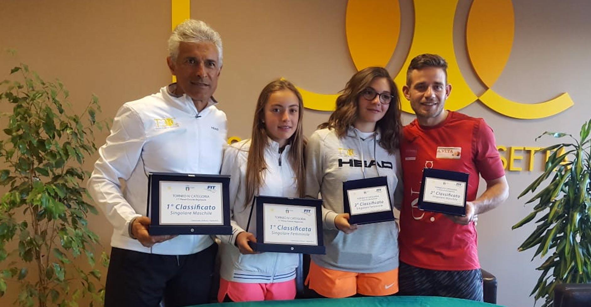 I finalisti dei tabelloni maschile e femminile. Da sinistra: Gaetano Blanda e Alessia Bertuccio (primi classificati nei rispettivi tornei), Federica Vancheri e Antonino Turiano (secondi classificati nei rispettivi tornei).