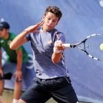 """Super Quinzi vola ai quarti. Il ventunenne marchigiano batte Bagnis in tre set: """"Pubblico grandioso neanche a Wimbledon così"""""""