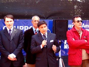 Il sindaco Messano durante la premiazione del Torneo Internazionale di Tennis Italy 1 2004