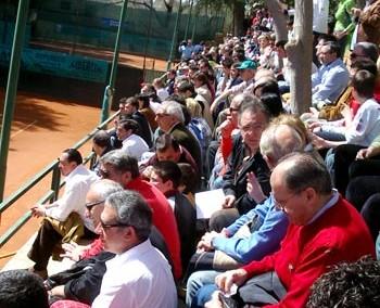 Il pubblico in tribuna al Torneo Internazionale di Tennis Future 2005