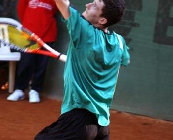 Uno dei giocatori alla semifinale del Torneo Internazionale di Tennis Future 2008