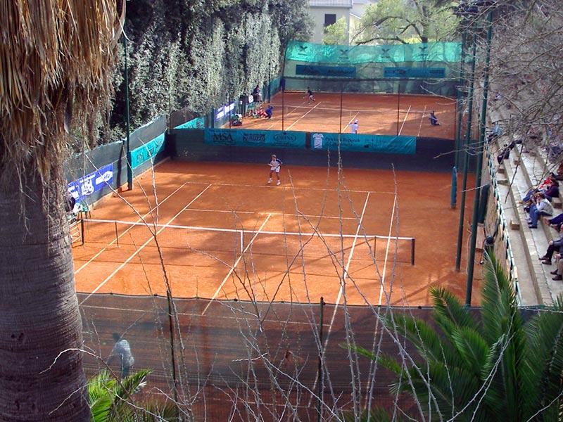 I campi A e B del Tennis Club Villa Amedeo di Caltanissetta