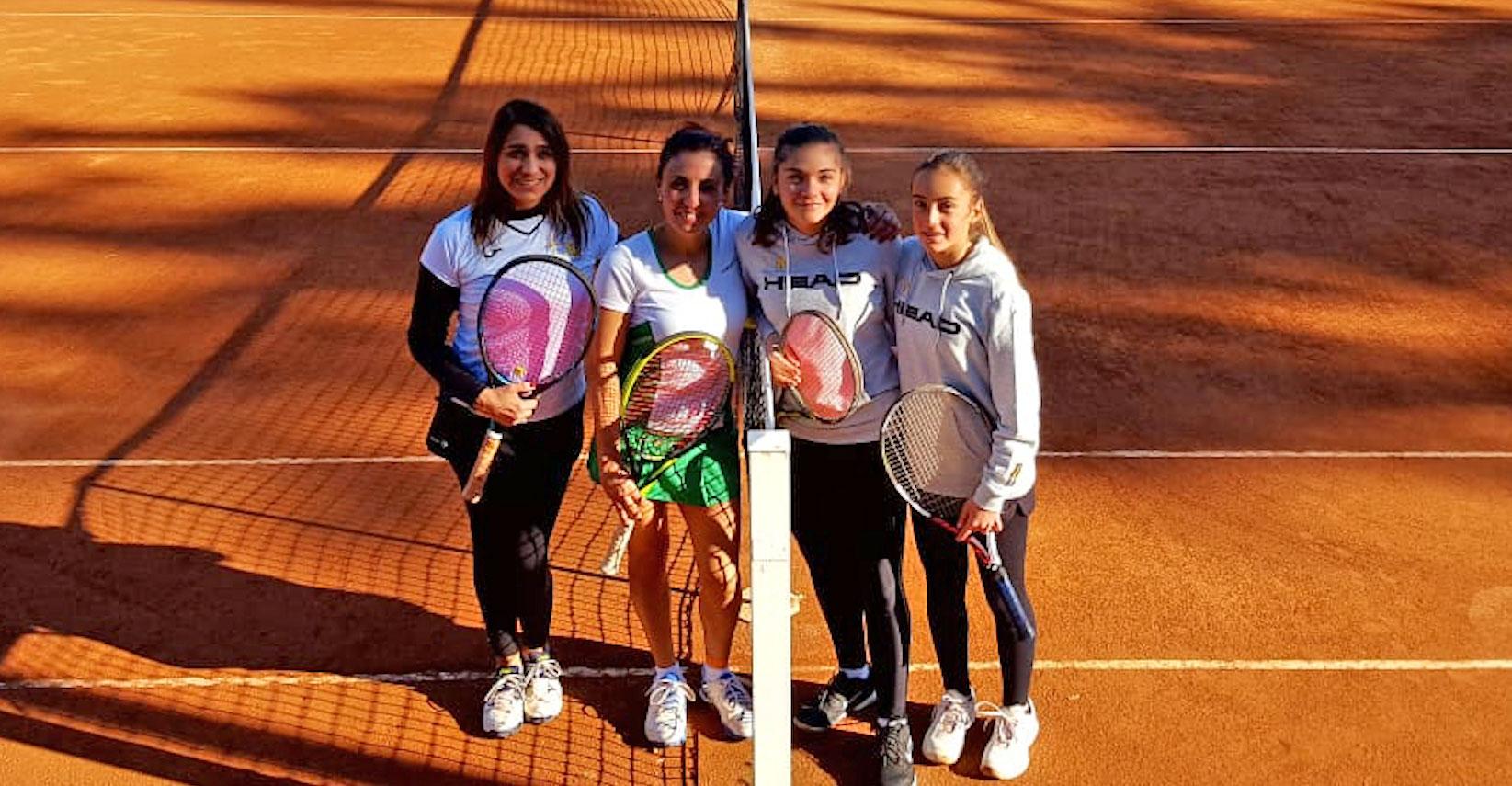 Federica Vancheri e Alessia Bertuccio (a destra) battono Anna Simone e Concetta Callerame
